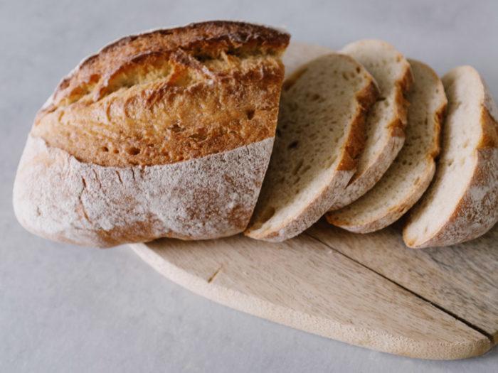 Pan precocido